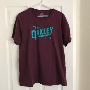 Men's Oakley t-shirt